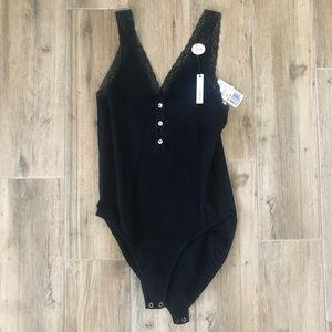 Seamless black bodysuit